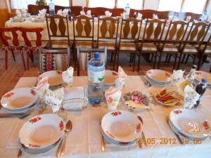Virág Panzió- ünnepi asztal